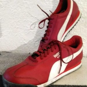 Puma Roma Red Tennis Shoes Basic Size 7 US